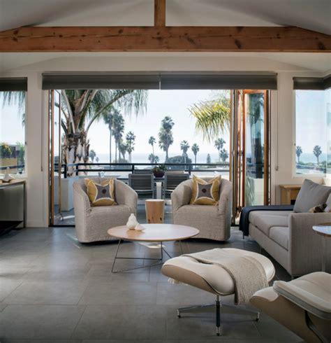 tranquil coastal living rooms  ensure  comfort