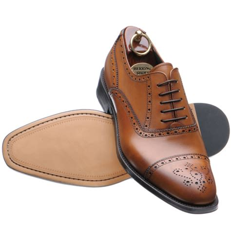 shoe repair oxford gentleman brogues vs wingtips
