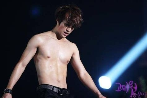 Super Junior Donghae Abs | donghae abs super junior pinterest abs