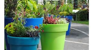 Ordinary Jardinieres Bois Exterieur Pas Cher #6: Bac-a-fleurs-en-plastique.jpg