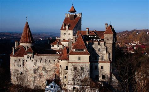 home to dracula s castle in transylvania biggest house in the world luxurious abode of the rich