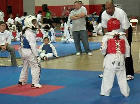 youtube taekwondo pattern 5 taekwondo girls sparring round 1 youtube