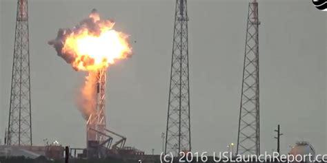 detik teknologi video detik detik meledaknya roket pembawa satelit