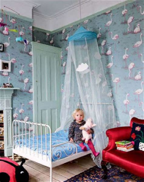 flamingo wallpaper bedroom esdesign wallpaper wednesday cole and son flamingos