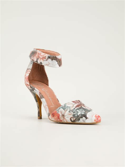 Side Flower Shoes Size 27 30 jeffrey cbell solitaire floral print pumps in pink