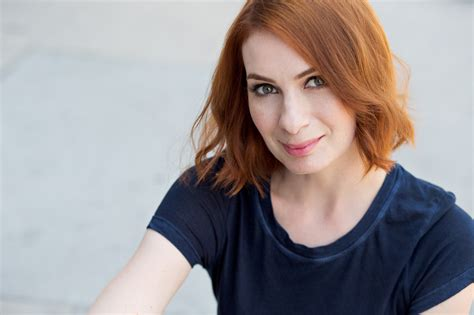 days definition felicia day wallpapers images photos pictures backgrounds
