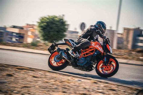 Ktm Autos Maxabout by 2017 Ktm 390 Duke Officially Unveiled At Eicma 2016