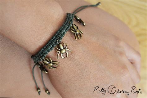 Make Macramé Cord Bracelet Patterns Home - jewelry diy spider macrame bracelet