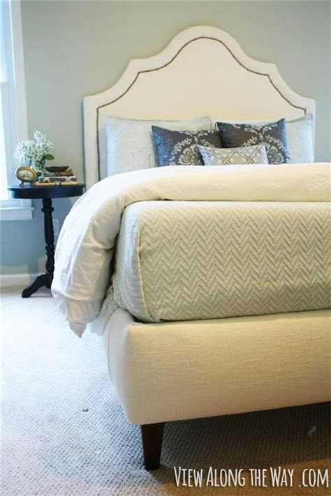 Diy Upholstered Headboard With Legs by Best 25 Upholstered Beds Ideas On White