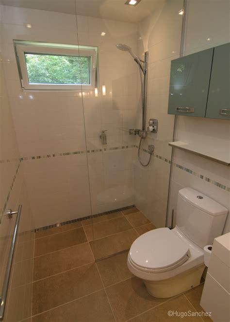 Curbless shower   Céramiques Hugo Sanchez Inc
