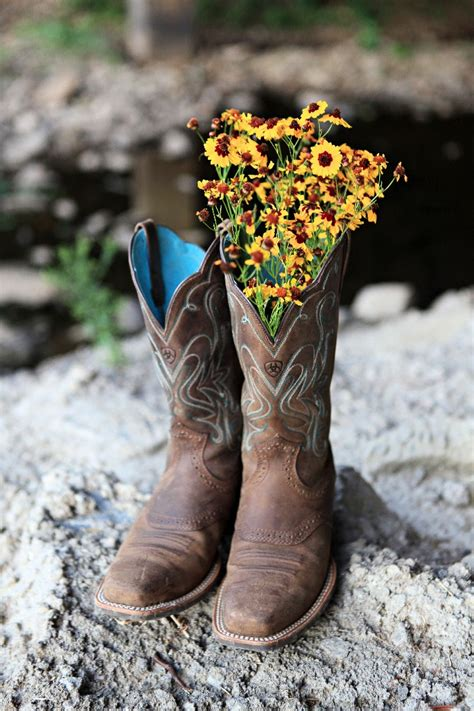Countryoutfitter Com Giveaway - cowgirl boots with flowers cr boot