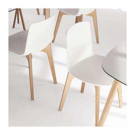 chaise en bois design chaise design en polypropyl 232 ne lottus pieds bois enea