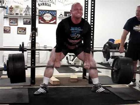 brock lesnar bench press max brock lesnar bench press max 28 images deadlift socks 900 lb bench press related