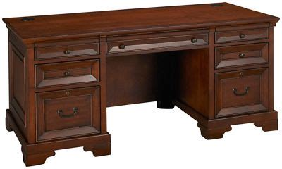 aspen richmond executive desk aspen richmond aspen richmond executive desk s