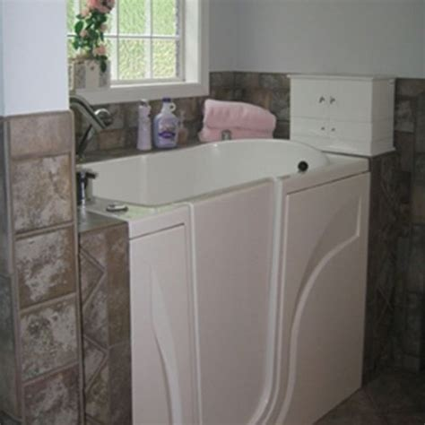 walk in bathtub price 31 best images about walk in tubs on pinterest