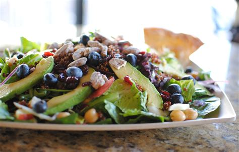 12g carbohydrates superfood salad crispers restaurant