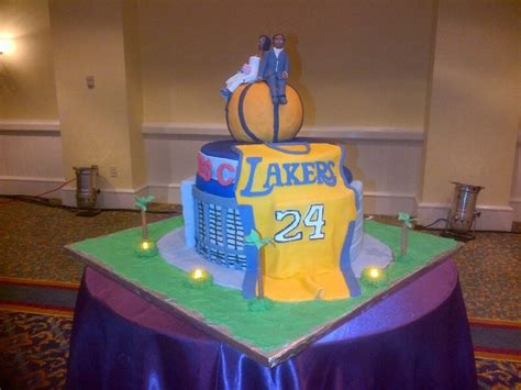 17 best images about lakers on plastic plates