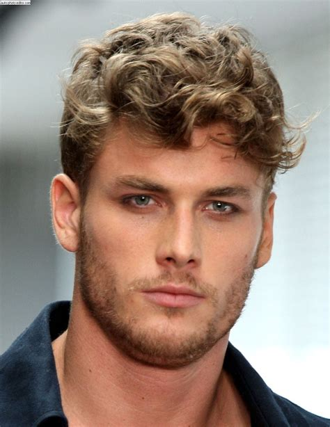 haircut curly hair round face male short wavy hairstyle for men hairstyle for mens 2017