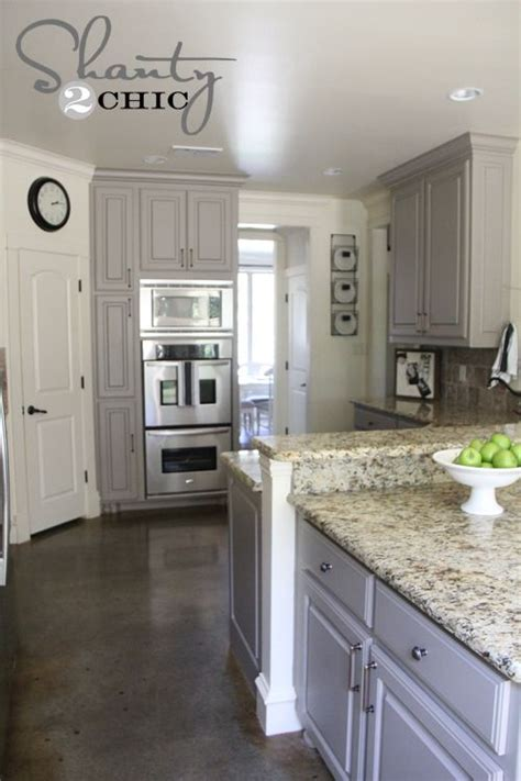 how to paint kitchen cabinets gray best 25 gray stained cabinets ideas on grey
