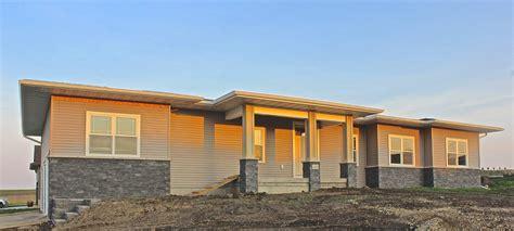 Cedar Falls Garage Sales by Cedar Falls Homes For Sale Cedar Falls Condos For Sale