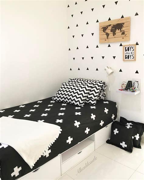 desain dinding kamar hitam putih 18 model desain kamar tidur hitam putih terbaru 2018