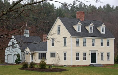 colonial houses the colonial colonial exterior trim and siding the