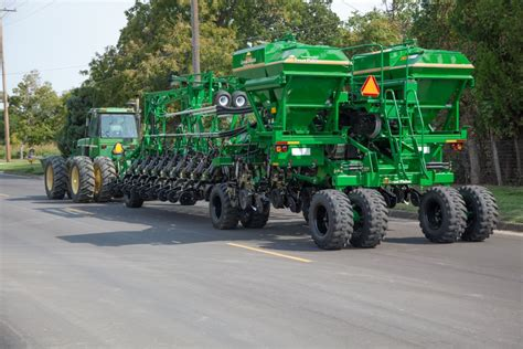 yp 2425f planter implement type yield pro planters