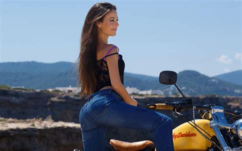 creative wallpaper girl jeans lorena garcia full hd wallpaper and background image