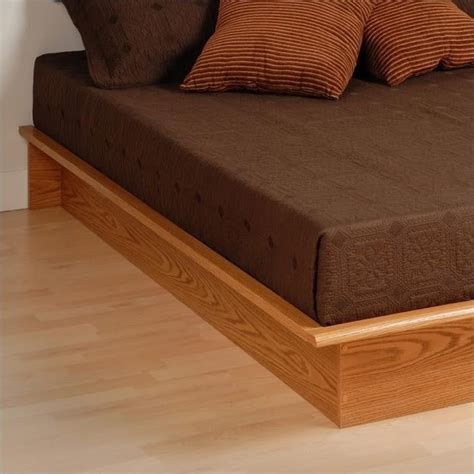 oak platform bed features