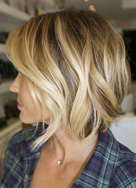 what is in style in highlight short blonde highlighted hairstyles light brown hair color