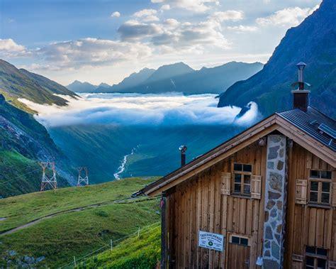 house in the mountains house in the mountain top beautiful landscape