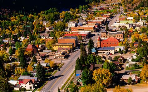 america towns america s best towns for fall colors travel leisure