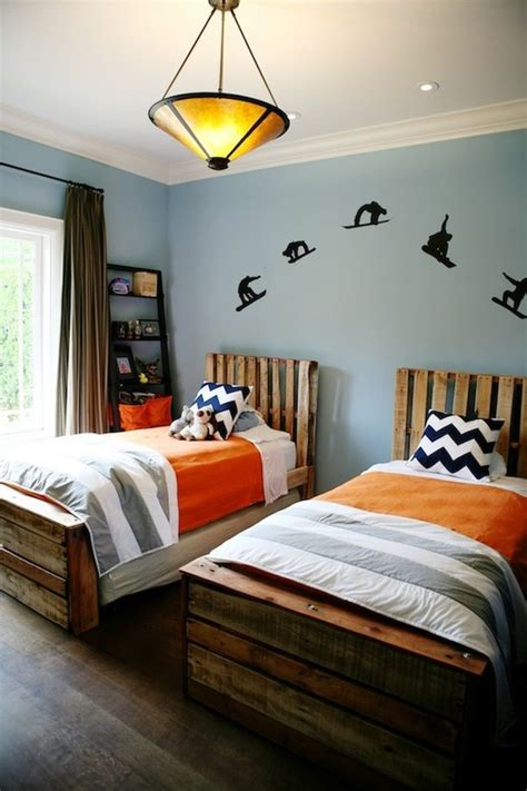 upcycling interiors  top pallet ideas love chic living