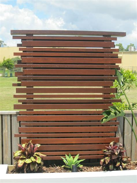 Privacy Panels For Backyard by 25 Best Ideas About Outdoor Privacy Screens On