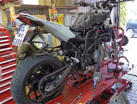 Trial Motorrad Fahrwerk Einstellen by Fahrwerk Optimierung Mit Hh Race Tech Kradblatt