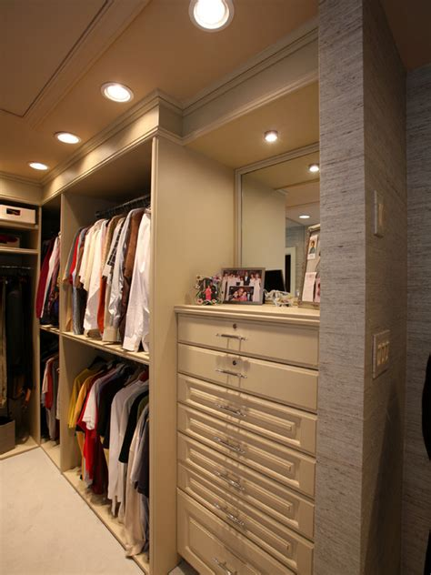 Wardrobe Lighting Ideas by Walk In Closet Lighting Ideas Homesfeed