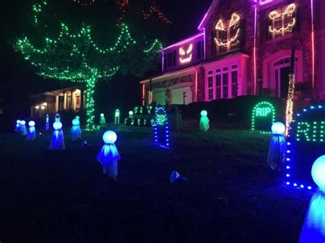 house lights synced to leesburg house lights blink in sync to hit songs