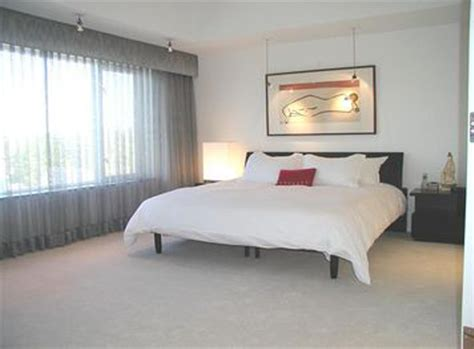Does Bedroom Community Contemporary Condo In The Of Arbor Reinhart