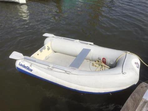 boot met buitenboordmotor te koop te koop lodestar rubberboot met mercury buitenboord motor