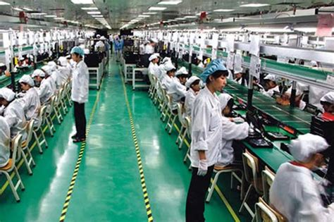 apple zhengzhou iphone savior foxconn doubling iphone output next year