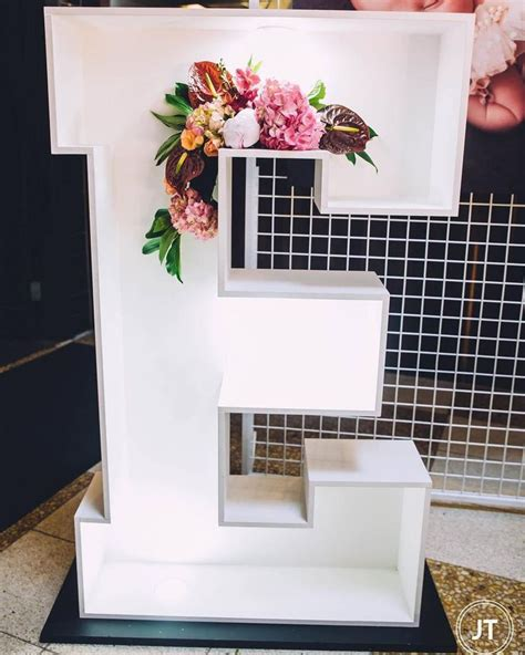 decoracion para bautizo de ni a en casa m 225 s de 25 ideas incre 237 bles sobre pastel de bautizo de