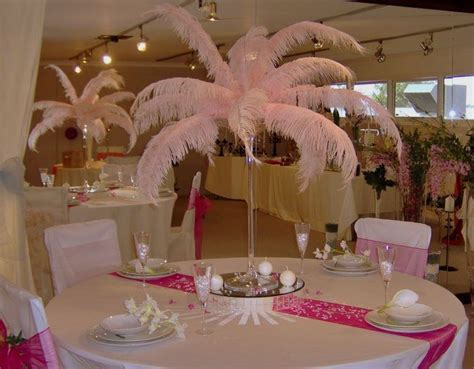 Tela's blog: Feather bridal bouquets are gaining in