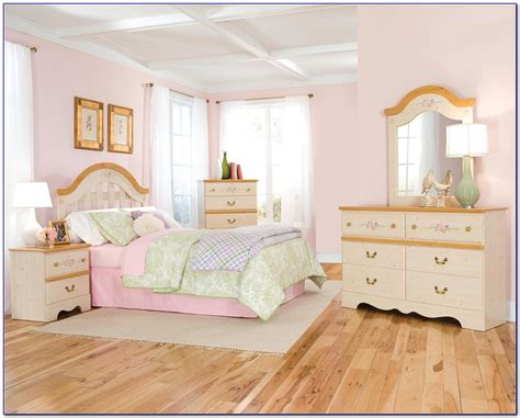 Disney Bedroom Furniture by Awesome Disney Princess Bedroom Furniture Photos