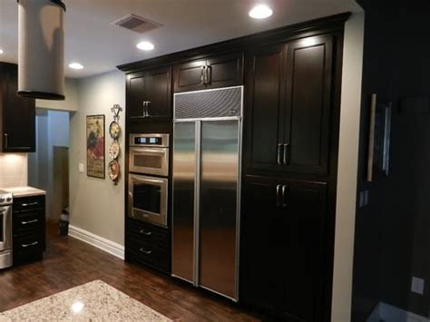 Dark Espresso Kitchen Cabinets by Espresso Cabinets Is A Dark Kitchen Cabinet But Very