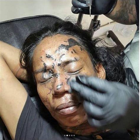 tato peta indonesia totalitas pria ini tato peta indonesia di wajahnya