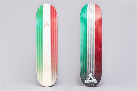 palace deck palace skateboards italy team deck quot linear italia