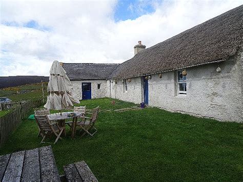 detached cottage for sale the thatched 6