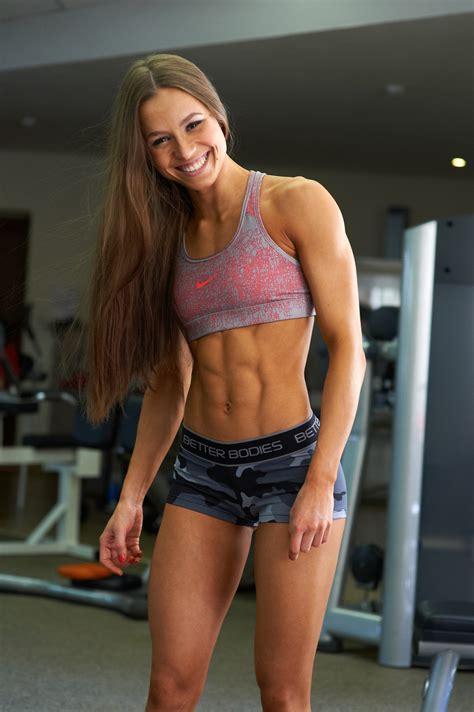 Elizaveta Mukminova Beauty Muscle