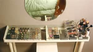 Makeup Vanity Ideas For Small Spaces Makeup Vanity For Small Spaces Ikea Hackers Ikea Hackers