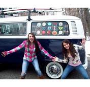 Girls Brilliant Backside Wins Her VW Bus Gallery 1  The